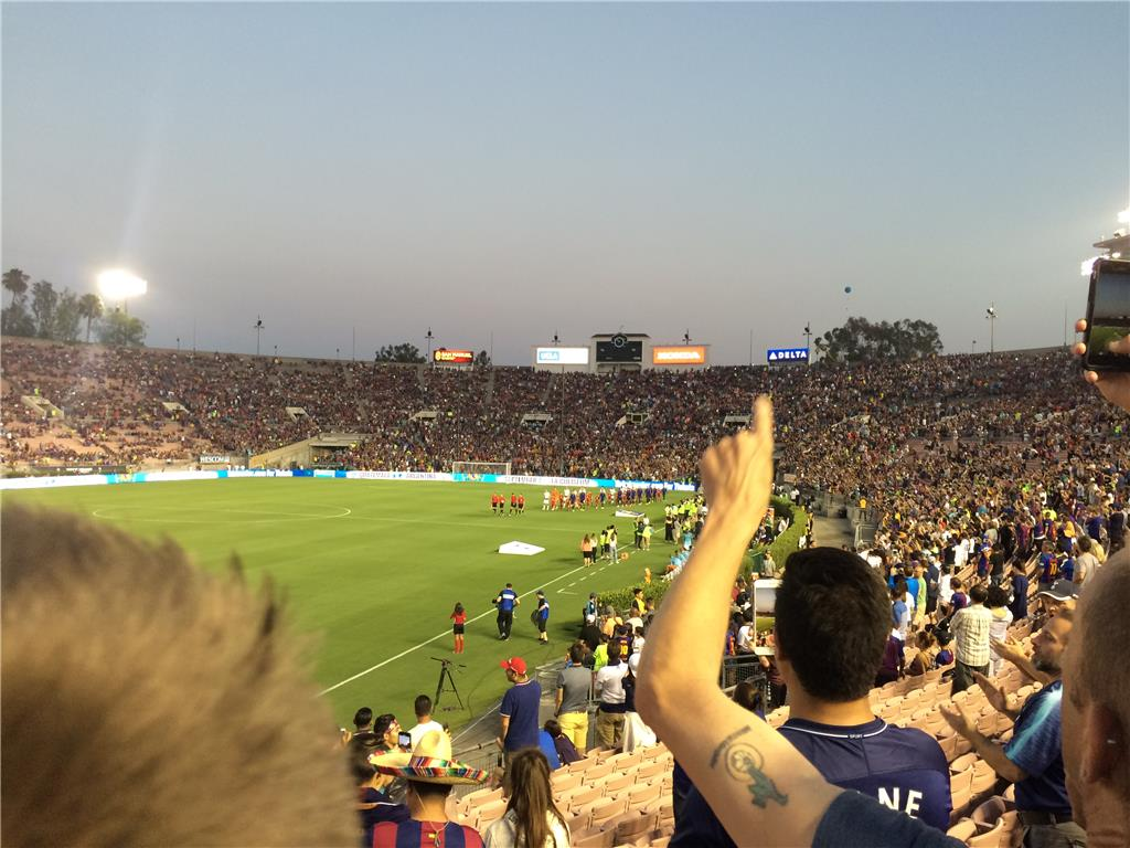 Almost didn't happen but here we are 13 years later.. L.A. Spurs among the 66,000 fans at International Champions Cup, watching Spurs vs FC Barcelona at the iconic Rose Bowl Stadium in Pasadena.